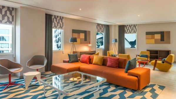 Aloft-Al-Ain-Ultra-Savvy-Suite-Living-Room_1600x900